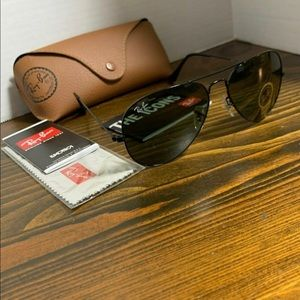Ray-Ban Sunglasses RB3025 L2823 58mm Black Green